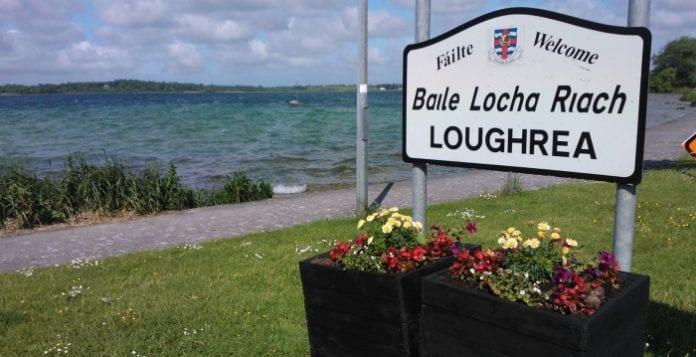 Féile Raifteirí ag tosnú i Baile Locha Riach