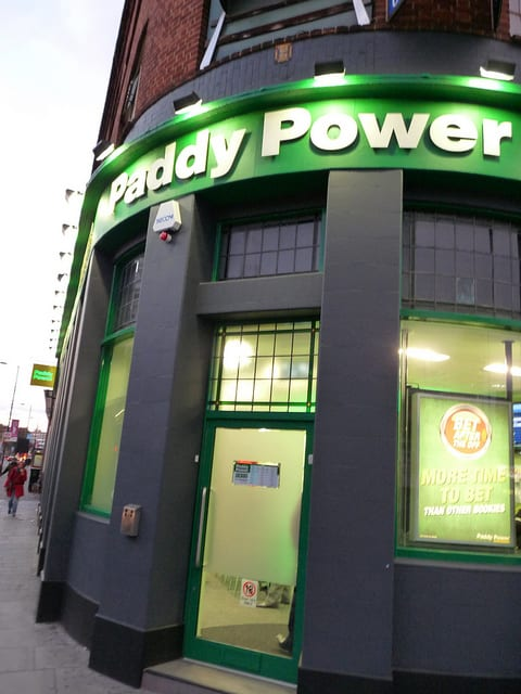Galway News - Courts - Man urinates on Paddy Power carpet
