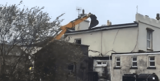 Galway Daily news Locals used JCB to stop roof blowing off Renvyle Post Office in Storm Ali