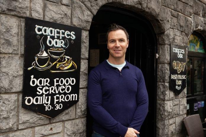 Taffes, 30 bliain do Ceol, Ól agus Craic - Galway Daily