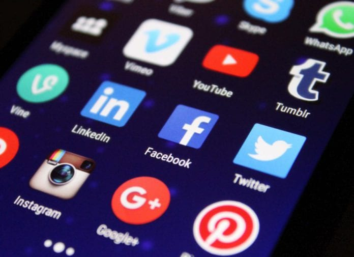 Galway Daily news Social media overload makes people susceptible to Covid-19 misinformation NUIG study shows