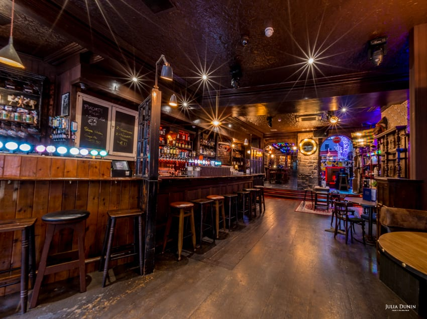 Galway Daily life & style 1520 a medieval themed bar with a 21st century kick