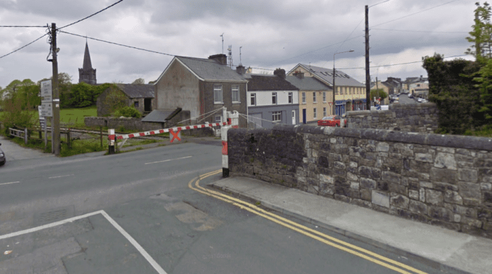 Galway Daily news Footpath to be installed at Tuam railway crossing
