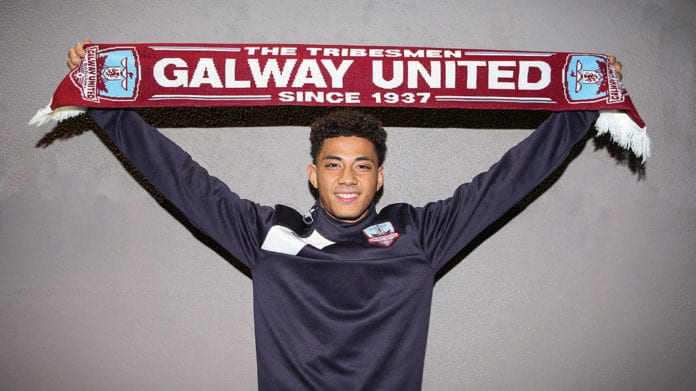 Galway Daily soccer Mikey Place signs for Galway United