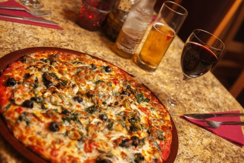 Monroes Pizza Pizza