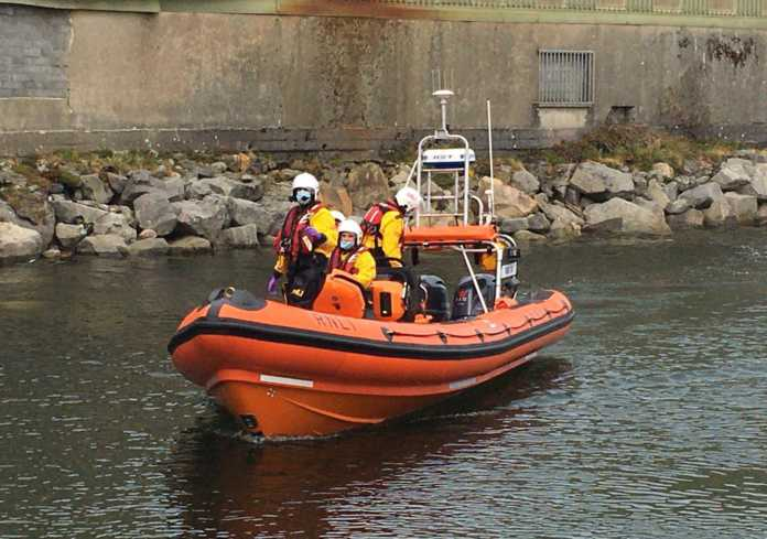 Galway Daily news Searches continue for missing man reported entering Corrib