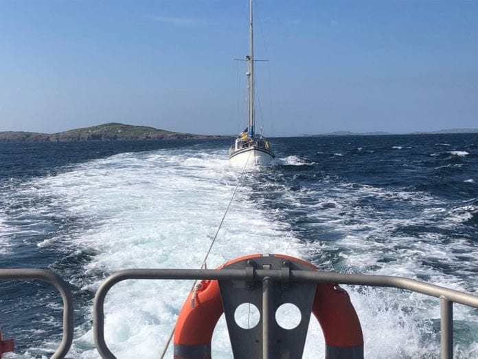 Galway Daily news Clifden RNLI lifeboat rescues yacht off Connemara coast