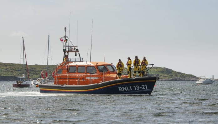 Clifden RNLI lifeboat called to boat on fire near Roundstone