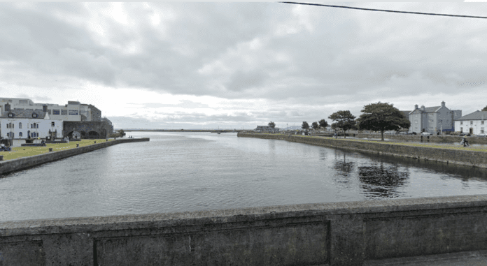 Galway Daily news Fire Service rescues man from Corrib River