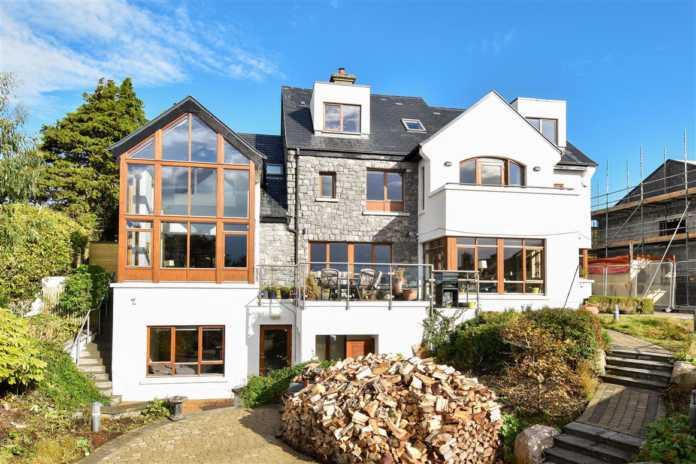 Beautiful six bedroom house overlooks Galway Bay