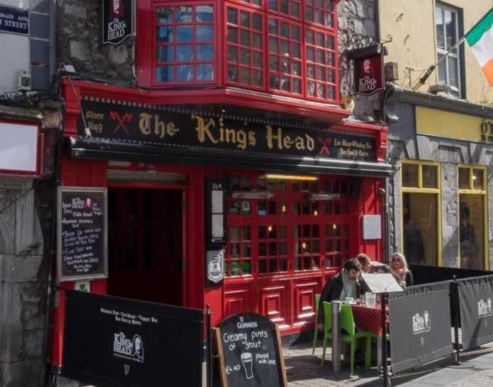 Galway Daily life style The Kings Head crowned the winner of Gradam Sheosaimh Uí Ógartaigh 2020