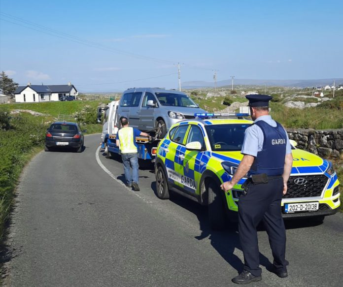 Galway Daily news Gardaí tow illegally parked vehicles as people flock to beaches