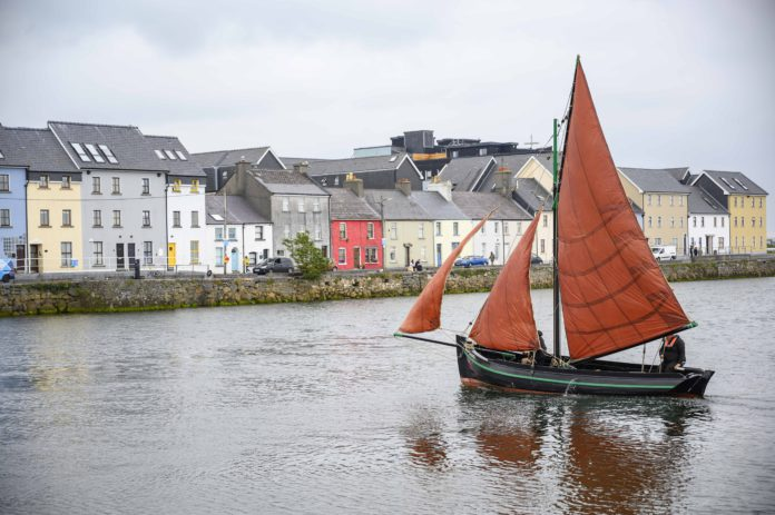Galway Daily life & style Newly restored Galway Hooker takes to the water