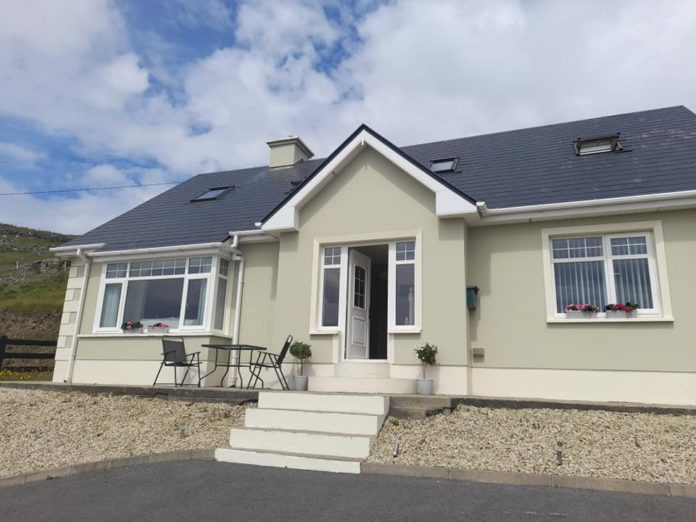 Galway Daily life & style Donegal family raffling stunning island house for just €11.70