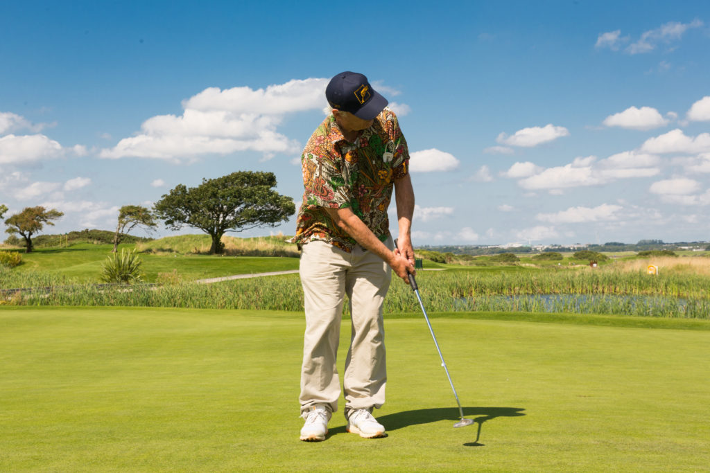 Bill Murray takes to the green in Galway for golf show