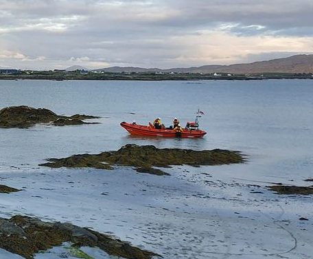 Galway Daily news Clifden RNLI rescue six people in Ballyconneely Bay