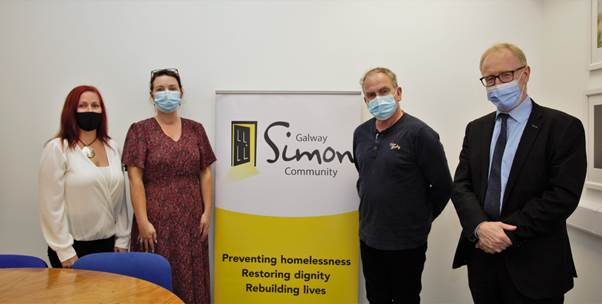 galway daily news minister visits simon community in galway