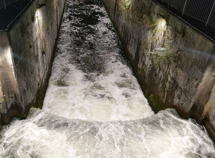 New lights on Eglinton Canal to improve water safety